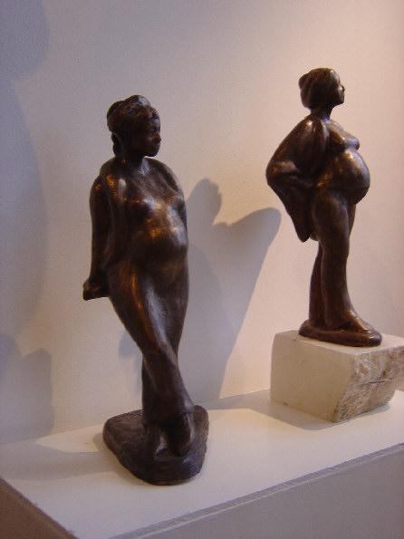 Staand en leunend zwanger