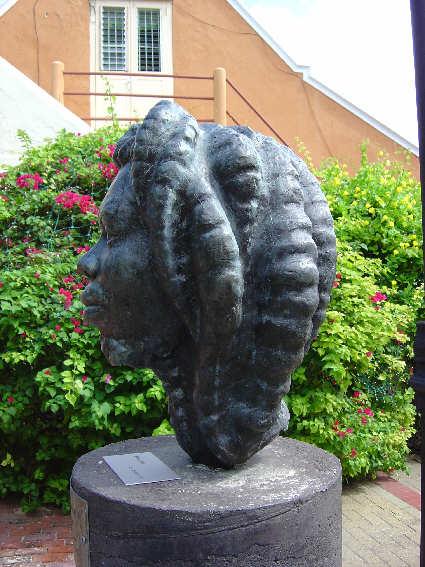 RastaMan KuraHudanda Willemstad brons