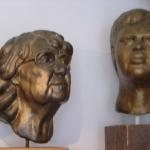 Oma en Zoon, brons